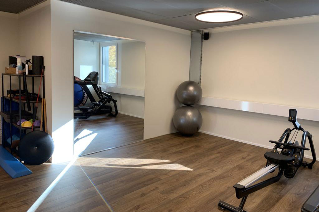 Physiotherapie-Fanghoefli-Therapieraum-Sport-2
