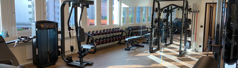 Physiotherapie-Fanghoefli-Therapieraum-Uebersicht-s